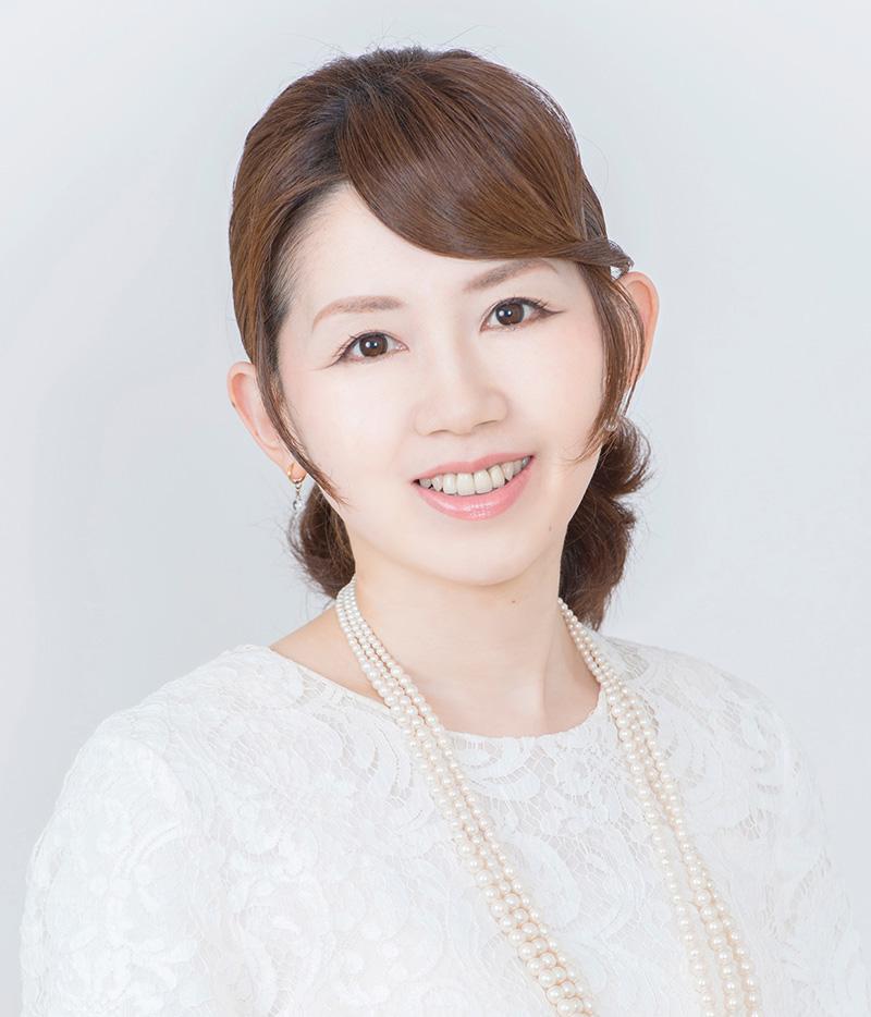 栃谷 由里子さん
